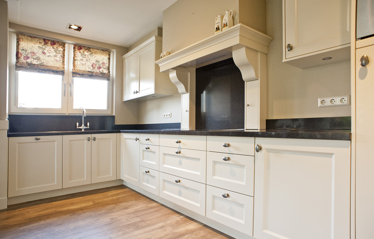 Excellent Wonen  Maatwerk keukens en interieur